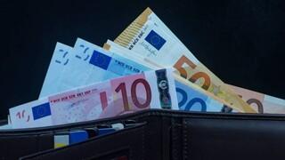 Επιστροφή φόρου στους εργαζόμενους με μπλοκάκια - Τι θα ισχύσει