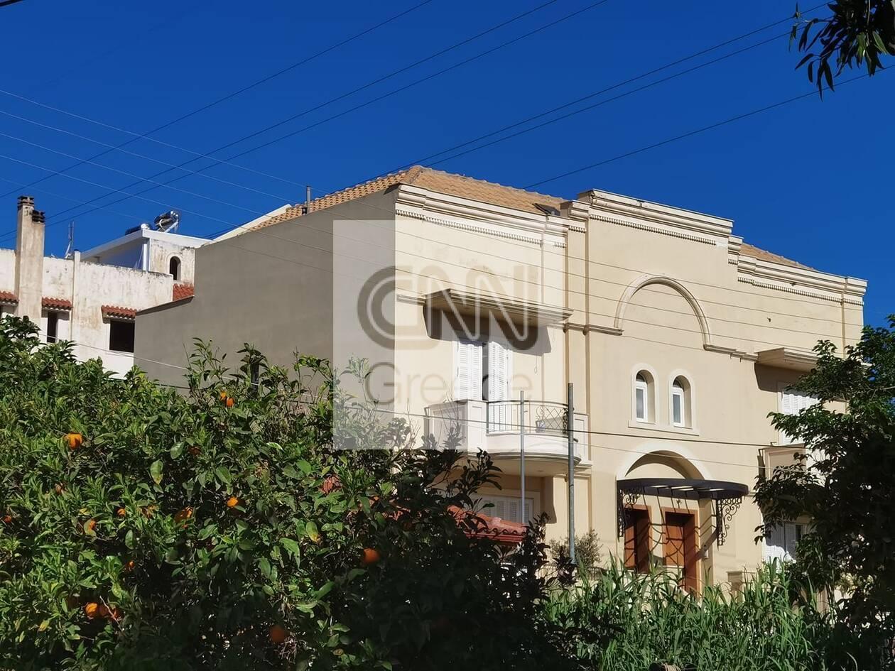 https://cdn.cnngreece.gr/media/news/2021/05/12/265539/photos/snapshot/glyka-nera-2.jpg