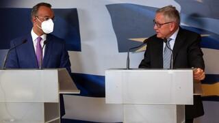 Ρέγκλινγκ: Με μεταρρυθμίσεις και ανάπτυξη θα παραμείνει βιώσιμο το ελληνικό χρέος