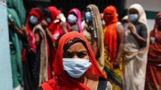 Ινδία: 4.120 οι νεκροί σε ένα 24ωρο - Φονικό το δεύτερο κύμα της πανδημίας
