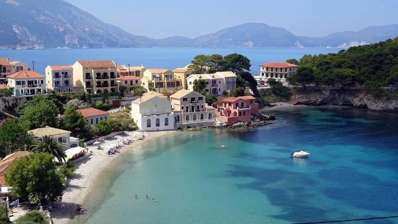 Γερμανικά ΜΜΕ: Ελλάδα και Ισπανία «άγκυρες» της τουριστικής βιομηχανίας