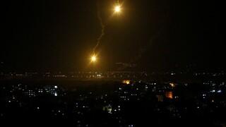 Μέση Ανατολή: Στο αίμα δεκάδων παιδιών βάφεται η Γάζα - Ξεπέρασαν τους 100 οι νεκροί