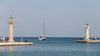 Ρόδος: Πάνω από 200 ξενοδοχεία θα ανοίξουν έως το τέλος του μήνα στο νησί