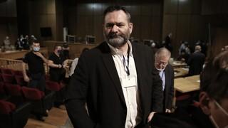 Βρυξέλλες: Στα χέρια των αξιωματικών της ΕΛ.ΑΣ. ο Γιάννης Λαγός - Εκδίδεται στην Ελλάδα