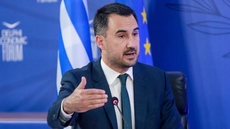 Μεταναστευτικό: Χαρίτσης κατά κυβέρνησης για τις γραπτές εξετάσεις ελληνικής ιθαγένειας