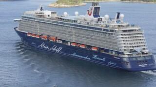 Κορωνοϊός - Ρόδος: Στο λιμάνι το πρώτο κρουαζιερόπλοιο - Εμβολιασμένοι οι 996 επιβάτες του