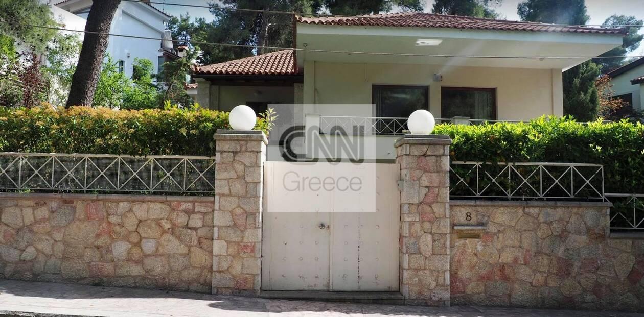 https://cdn.cnngreece.gr/media/news/2021/05/16/266110/photos/snapshot/ekali1.jpg