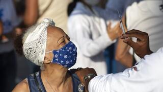 Κορωνοϊός - Βραζιλία: Εν μέσω εκατόμβης η εκστρατεία εμβολιασμού καθυστερεί