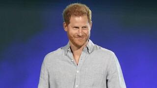 Πρίγκιπας Χάρι: Κλιμακώνεται η ένταση με το παλάτι - Ποιοι ζητούν να του αφαιρεθούν όλοι οι τίτλοι