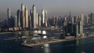Κορωνοϊός: Το Ντουμπάι αίρει τους περιορισμούς για την πανδημία
