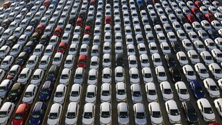 «Φρένο» στις παράνομες εισαγωγές αυτοκινήτων από την ΑΑΔΕ