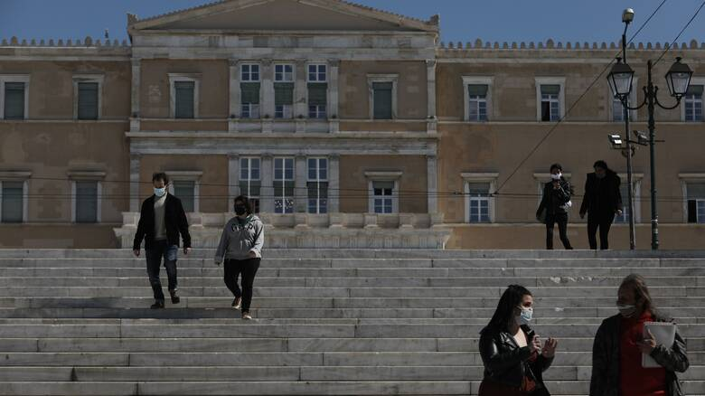 Βατόπουλος: Οι εμβολιασμένοι μπορεί να είναι μεταδοτικοί - Οι πάντες πρέπει να φορούν μάσκα