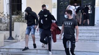 Νέα Σμύρνη - Επίθεση με μαχαίρι κατά 60χρονου: Ελεύθεροι με όρους οι πέντε νεαροί