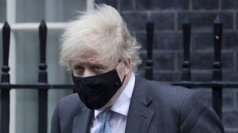 Βρετανία: Νοσοκόμα που φρόντισε τον Τζόνσον παραιτείται «κατακεραυνώνοντάς» τον