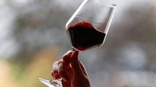 Βρετανική έρευνα: Οποιαδήποτε ποσότητα αλκοόλ κάνει κακό στον εγκέφαλο