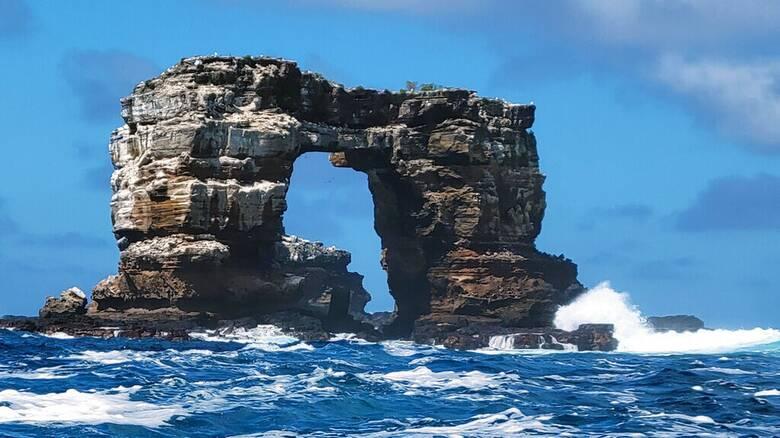 Κατέρρευσε η διάσημη «Αψίδα του Δαρβίνου» στα νησιά Γκαλαπάγκος