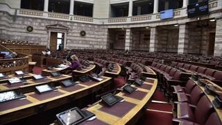 Υπερψηφίστηκε το νομοσχέδιο για άρση περιορισμών στη ψήφο ομογενών