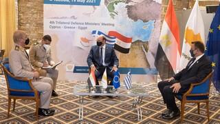 Παναγιωτόπουλος: Ισχυροποίηση αμυντικής συνεργασίας Ελλάδας - Κύπρου - Αιγύπτου