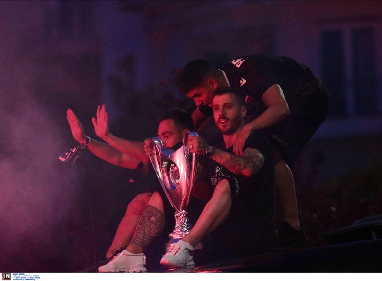 https://cdn.cnngreece.gr/media/news/2021/05/23/267001/photos/snapshot/kypello-elladas-paok-4.jpg