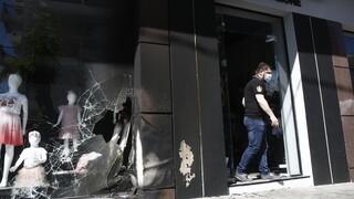 Ο Γαϊτάνης καταδικάζει τις επιθέσεις στις επιχειρήσεις της συζύγου του Χαρδαλιά