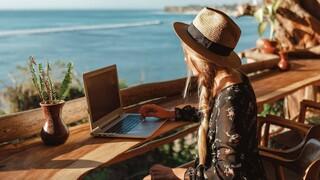 Νέες τάσεις στον τουρισμό: Ψηφιακοί νομάδες, συνταξιούχοι και μεγαλοεπενδυτές στο «στόχαστρο»