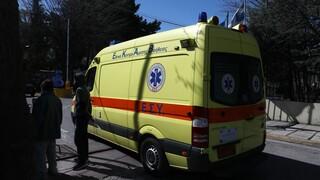 Σοβαρό τροχαίο στη λεωφόρο Σουνίου - Χωρίς τις αισθήσεις της ανασύρθηκε μια γυναίκα