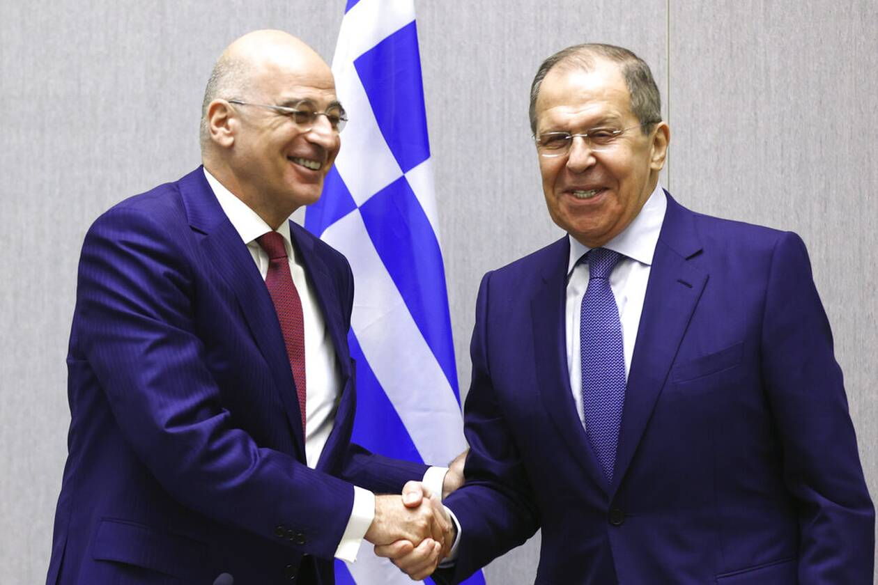 https://cdn.cnngreece.gr/media/news/2021/05/24/267205/photos/snapshot/dendias-lavrov-AP21144449368685.jpg