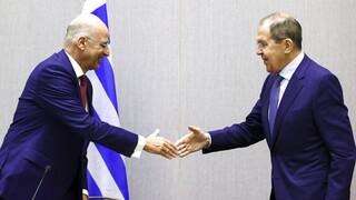Δένδιας σε Λαβρόφ: Να μην επιδεινωθούν οι ευρω-ρωσικές σχέσεις, κίνδυνος η Τουρκία