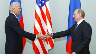 Συνάντηση Μπάιντεν-Πούτιν: Το Κρεμλίνο δεν αναμένει «επανεκκίνηση» σχέσεων