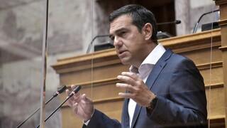 Ο Τσίπρας κατηγορεί τον Μητσοτάκη για οικοδόμηση καθεστώτος