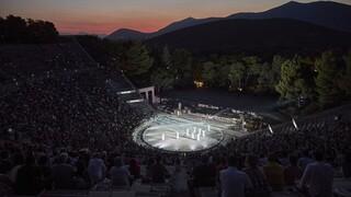 Σηκώνουν αυλαία θέατρα και μουσικά θεάματα - Ποιοι είναι οι περιορισμοί