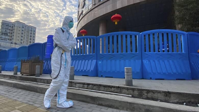 Κινεζική αντεπίθεση για την προέλευση της πανδημίας: Να ελεγχθεί αμερικανικό εργαστήριο