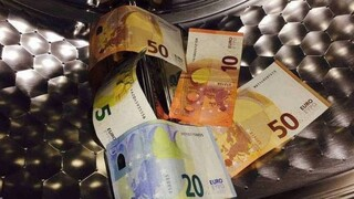 Απωθούν τους επενδυτές οι χώρες με χαμηλές επιδόσεις στην αντιμετώπιση του «μαύρου» χρήματος