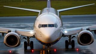Η «κρατική αεροπειρατεία» και τα ερωτήματα που προκύπτουν