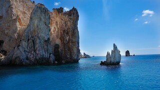 Daily Telegraph: Τα 15 ελληνικά νησιά που πρέπει να πάτε φέτος διακοπές
