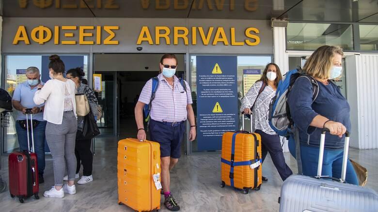 Περισσότερες κατά τέσσερις την εβδομάδα οι τακτικές αεροπορικές πτήσεις από Ρωσία προς Αθήνα