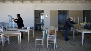 Παπαθανάσης: Η κυβέρνηση θα στηρίζει εργαζόμενους και επιχειρήσεις μέχρι το τέλος της πανδημίας