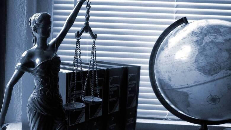 Ποιοι δικηγόροι θα λάβουν επιδότηση για εκσυγχρονισμό γραφείου