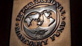 ΔΝΤ : Ανάπτυξη 3,3% το 2021 και 5,4% το 2022 στην Ελλάδα- Καμπανάκια για τράπεζες και δαπάνες