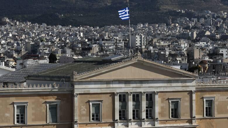Επιτροπή Ισότητας στη Βουλή: Αποδοκιμάστηκαν οι απόψεις Λατινοπούλου
