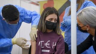 Εμβολιασμός εφήβων κατά Covid-19: «Πράσινο φως» από Γαλλία, Ισραήλ - Επιφυλάξεις στη Γερμανία