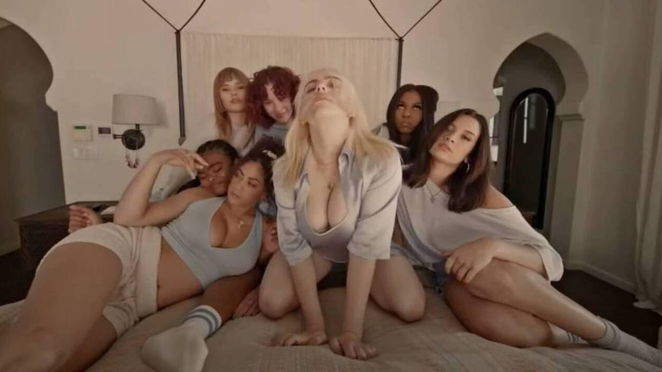Μπίλι Άιλις: Αιαθάνεται πολύ άνετα με το σώμα της και το δείχνει