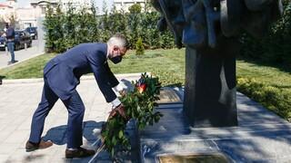 Θεσσαλονίκη: Στεφάνι στο Μνημείο Ολοκαυτώματος κατέθεσε ο Γερμανός υφυπουργός Εξωτερικών
