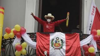 Περού: Ντέρμπι οι εκλογές μετά τη νέα πτώση του Καστίγιο στις δημοσκοπήσεις
