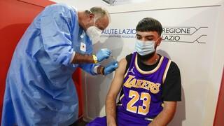 Ιταλία: Ανοιξε η πλατφόρμα εμβολιασμού κατά της Covid-19 και για τους εφήβους 12-15 ετών