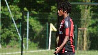 Θύμα ρατσισμού για τους Ιταλούς η αυτοκτονία 20χρονου πρώην ποδοσφαιριστή νέων της Μίλαν
