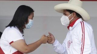 Περού: Οι πολίτες εκλέγουν το νέο πρόεδρο - «Μάχη» του Καστίγιο με την Φουχιμόρι