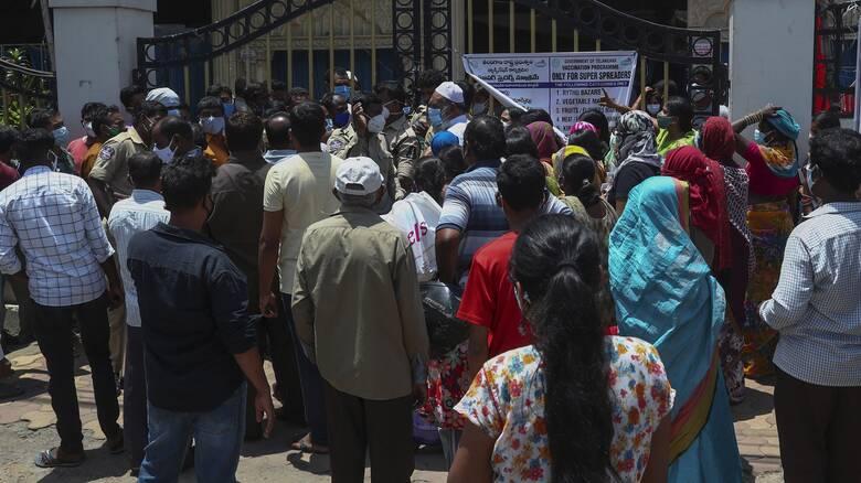 Κορωνοϊός: Συνεχίζεται η ραγδαία εξάπλωση στην Ινδία με πάνω από 100.000 κρούσματα