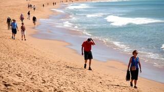 Πορτογαλία: Άρον-άρον επιστρέφουν οι Βρετανοί τουρίστες για να γλιτώσουν την καραντίνα