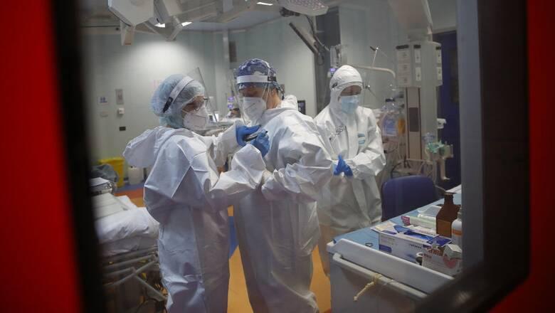 Κορωνοϊός - Υπουργείο Υγείας: Το σχέδιο για την αντιμέτωπιση του burnout στους υγειονομικούς